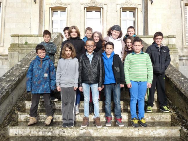 Les jeunes élus à l'occasion du premier Conseil Municipal